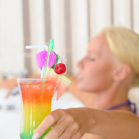 spa-cocktails-rainbow-brew